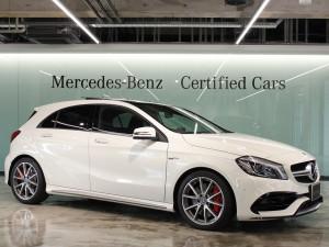 Mercedes-AMG A45 4MATIC パノラミックスライディングルーフ(カルサイトホワイト)
