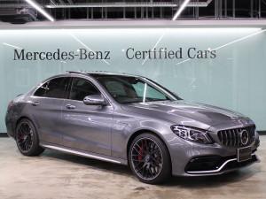 Mercedes-AMG C63S / コンフォートパッケージ・パノラミックスライディングルーフ (セレナイトグレー)
